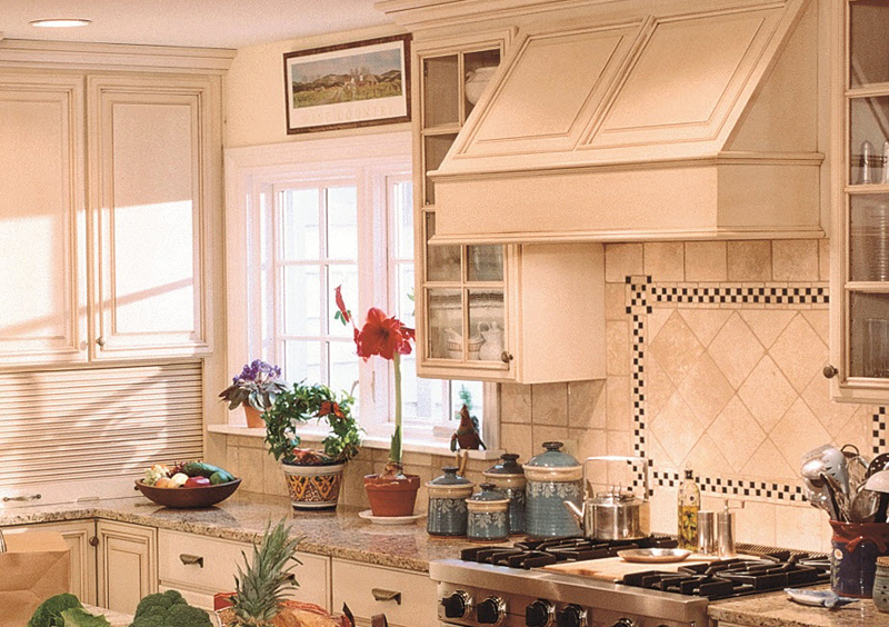 Holiday Kitchens Frameless Cabinets & Doors Chicago