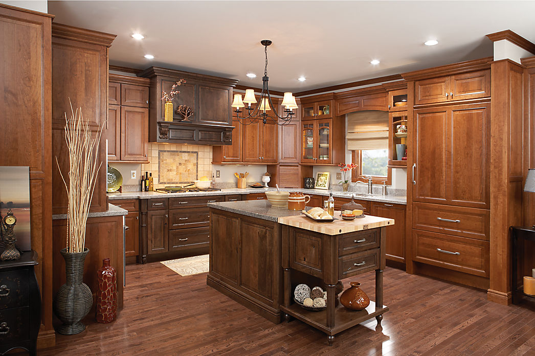 Medallion Kitchen Cabinetry & Doors Chicago, Lincoln Park